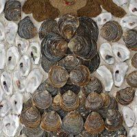 De Oesterdame schelpenschilderij